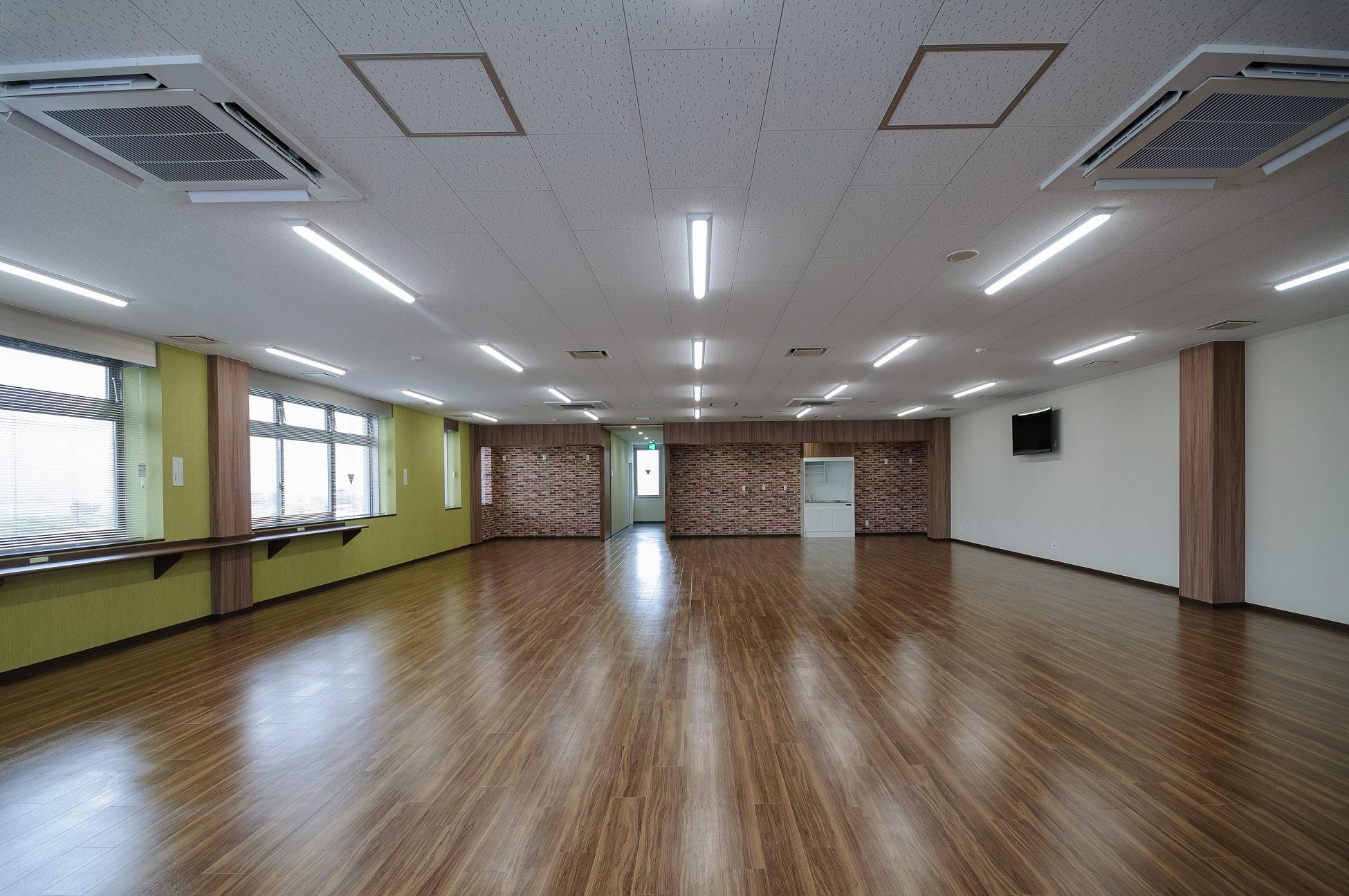 鈴与株式会社 新静岡物流センター