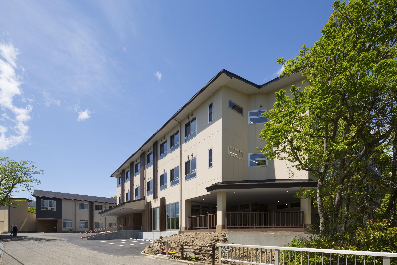 伊豆高原〈ゆうゆうの里〉診療所棟・ケアセンター棟