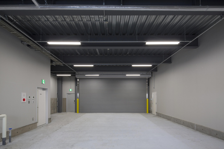 空港施設株式会社 新千歳空港 GSE車両用格納庫