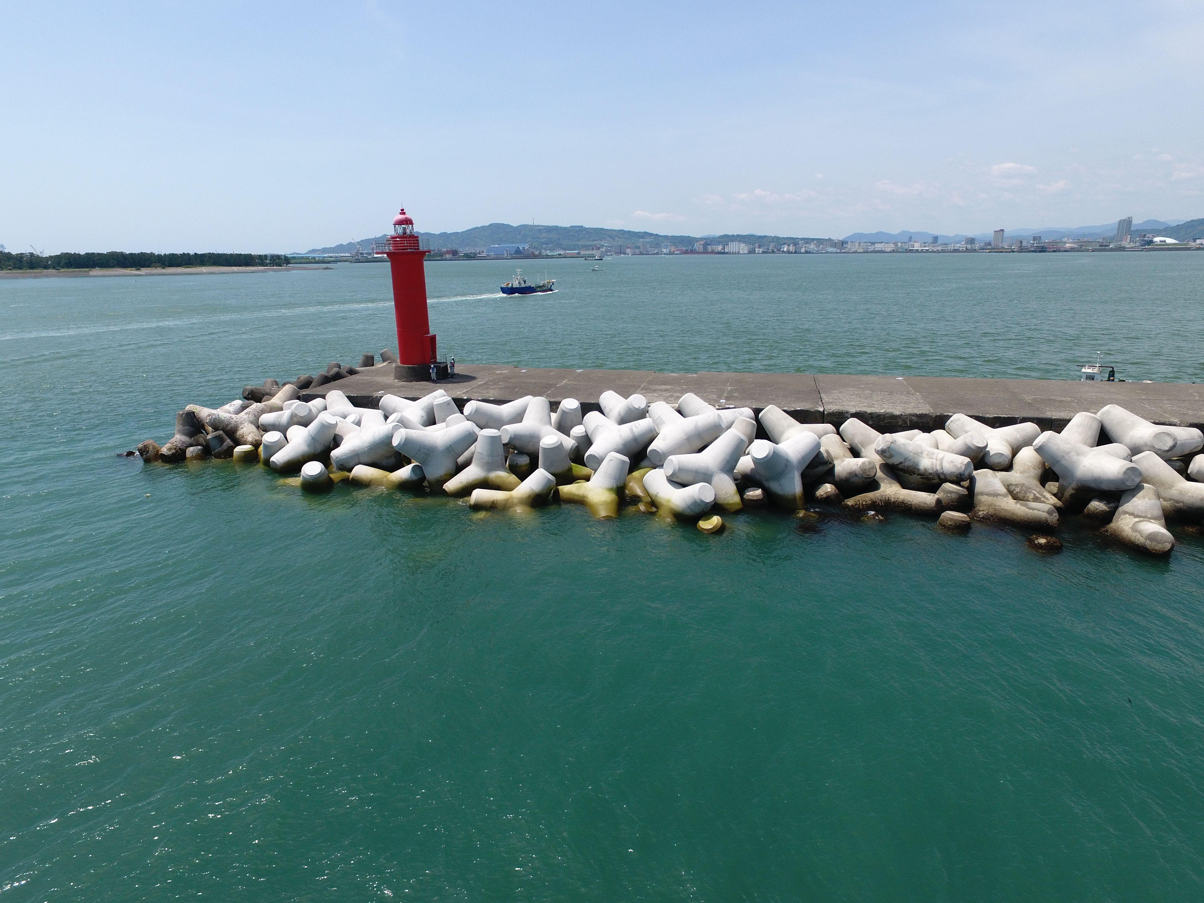 平成29年度 清水港外港防波堤(改良)消波工事