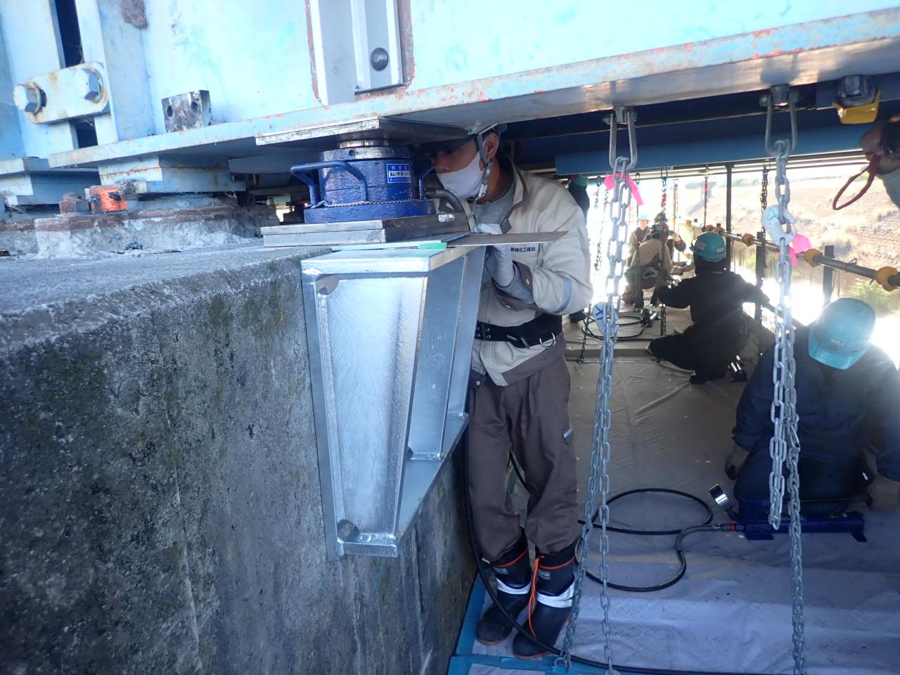 令和元年度富士富士宮由比線 野中橋支承取替工事